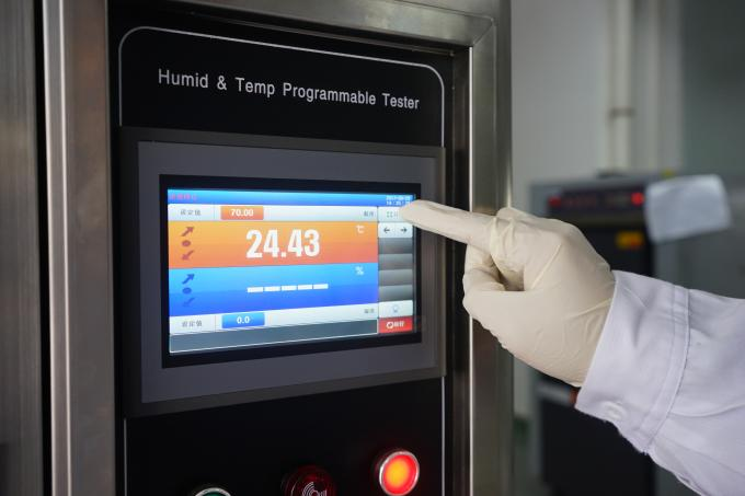 LCD Touch Screen Temperature Humidity Chambers In Testing Electrical Appliance